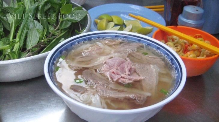 434bc-viet-street-food_phobo