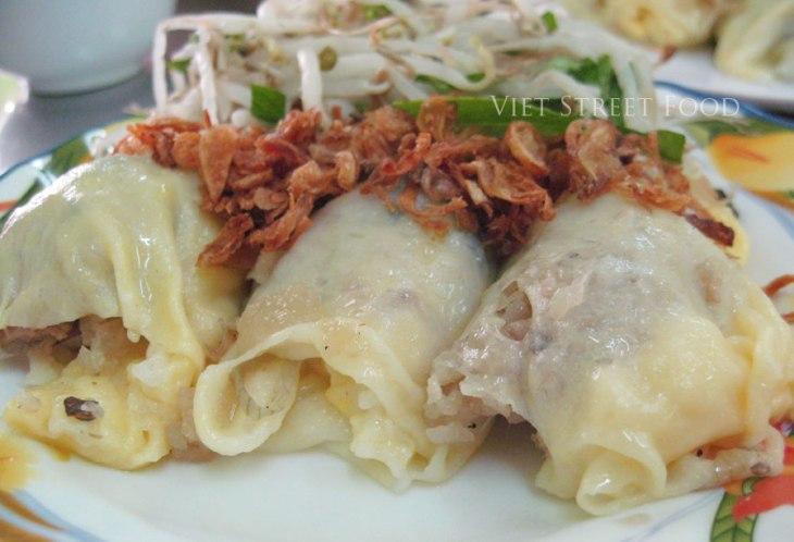 457a8-viet-street-food_banhcuon