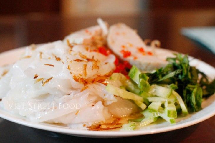 939c0-viet-street-food_banhuot