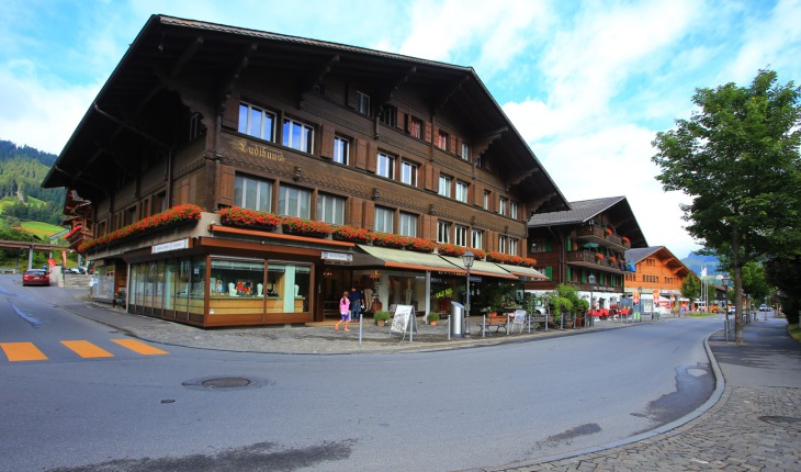 54b89-gstaad_10